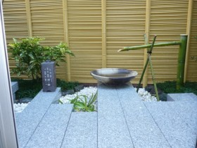 坪庭にリフォーム完成