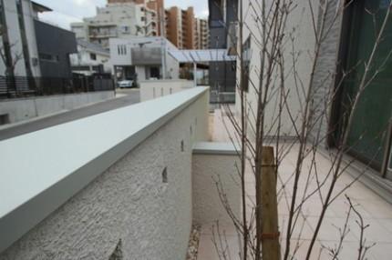 シルバーの笠木