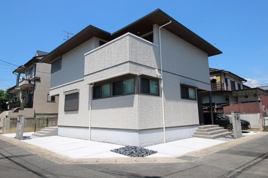 二世帯住宅の外構
