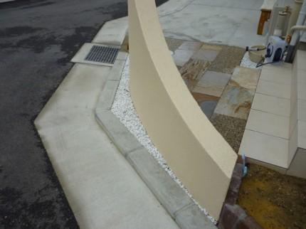 石のアプローチ