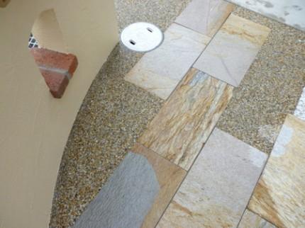 天然石と洗い出しの組み合わせ