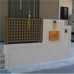 玄関前の施工写真